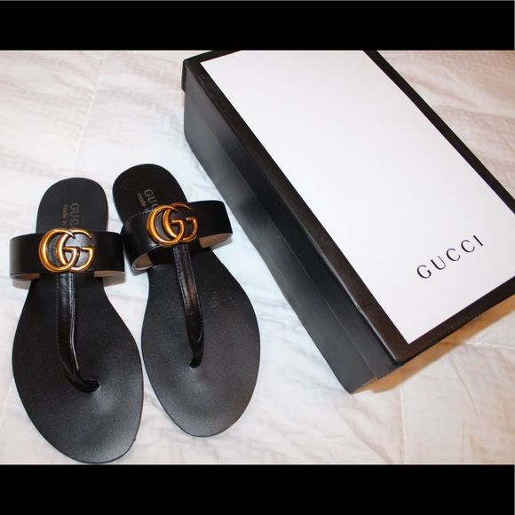 4fcc475dea4 Gucci Shoes - Gucci Leather thong sandal with Double G